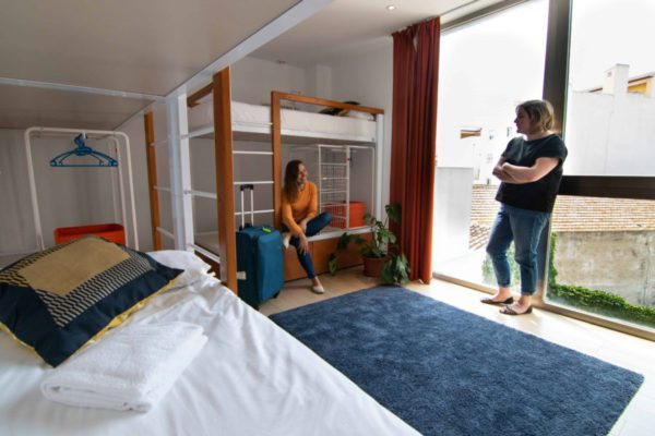 Room 821-7