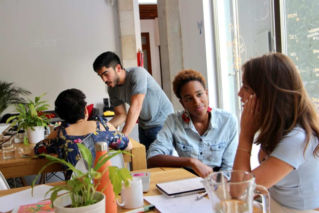 9 Surprising Reasons Employees Thrive in a Coworking Space
